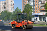 Laying new asphalt — Stockfoto