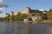 ивангородская крепость в начале сентября — Стоковое фото