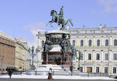 Monument to Nicholas I on St. Isaac's square. Saint-Petersburg — Stock Photo
