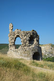 The ruins of the gate tower of the fortress Kalamita. Inkerman — Stock Photo