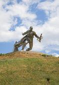 """Steel soldier"" at the glory mound. Novaya Odessa, Ukraine — Zdjęcie stockowe"