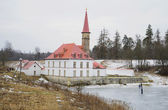 View the Prioratsky Palace in the early spring. Gatchina — Stock Photo