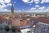 Vierkant historische architectuurgeschiedenis in sibiu transsylvanië roemenië — Stockfoto
