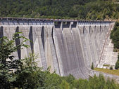 Dam in mountain area — Stock Photo