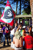 SEIXAL,PORTUGAL-SEPT 7 - Protesters with Flag Che Guevara during — Stock Photo