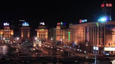 Independence square. Maidan Nezalezhnosti in Kiev, Ukraine — Stock Video