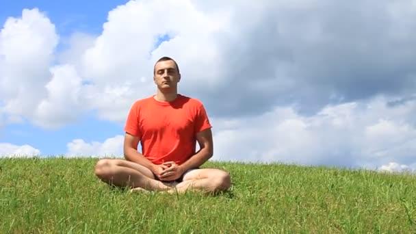 Meditación trascendental — Vídeo de stock