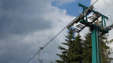 Chair lift in Carpathians — Stock Video