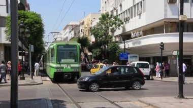 Green tramway — Stock Video