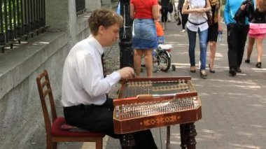 Street musician — Stock Video