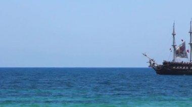 Akdeniz in eski carvel — Stok video