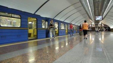 Subway — Stock Video