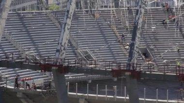 Reconstrucción del estadio de fútbol republicano para euro 2012 en kiev, ucrania — Vídeo de stock