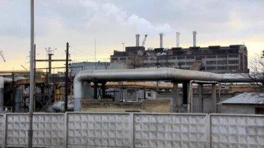 Smoking chimney of heat electropower station timelapse — Stock video
