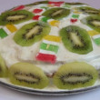 Pie decorated with fresh kiwis - Foto de Stock