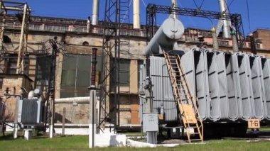 Heat electropower station. Transformers. Outdoor switchgear — Stock Video