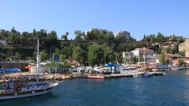See port in Kaleici - old town in Antalya, Turkey — Stock Video