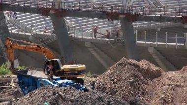 ユーロ 2012年でキエフ、ウクライナの共和党のフットボール スタジアムの再構成 — ストックビデオ