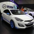 White Hyundai i30 at automotive-show — Stock Video #39729171