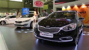 Black KIA Cerato at automotive-show — Stock Video