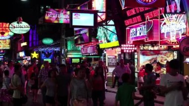 Walking Street - red-light district in Pattaya, Thailand — Stock Video