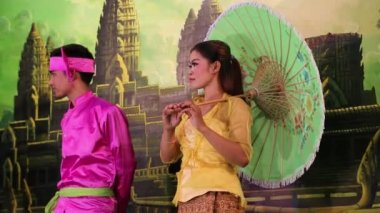 Traditional Apsara show in local restaurant in Siem Reap city, Cambodia — Stock Video