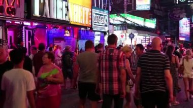 Red-light district in Pattaya, Thailand — Stock Video