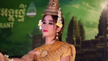 Apsara dancer  in Siem Reap, Cambodia — Stock Video