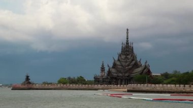Sanctuary of Truth - temple in Pattaya, Thailand — Video Stock