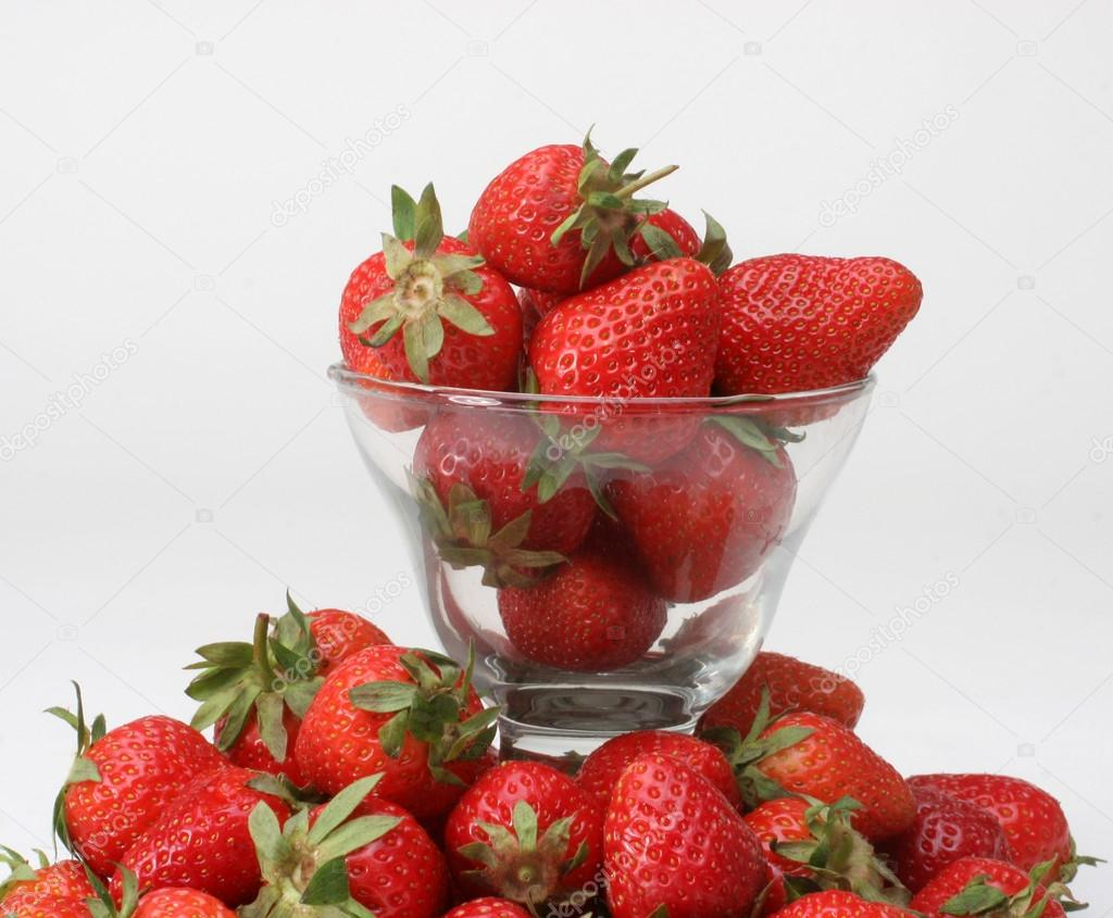 Fresh strawberries — Stock Photo #13985816