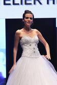Wedding dress fashion show — 图库照片