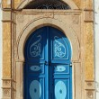 Traditional door from Sidi Bou Said, Tunis — Stock Photo #15318781