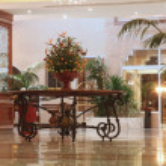 Modern hotel lobby — Stock Photo #15319177