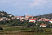 Janjina - piccolo villaggio a peljesac penisola, dalmazia meridionale, croazia — Foto Stock
