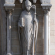 Statue of Saint Denis, Notre Dame Cathedral, Paris — Stock Photo
