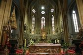 Altar in Zagreb cathedral — Stock Photo