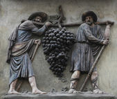The grape carriers, Prague — Stock Photo