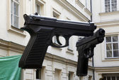 Guns in prague — Stockfoto
