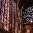Stained glass window in La Sainte-Chapelle in Paris — Stock Photo