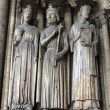 Medieval gothic statues on entry to Eglise St. Germain l'Auxerrois in Paris — Stock Photo