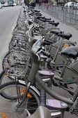Biciclette in fila — Foto Stock