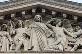 "Tympanum of the church ""La Madeleine"", Paris — Stock Photo"