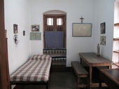 Room of Mother Teresa at Mother House in Kolkata, West Bengal, India — Stock Photo