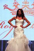 Wedding dress fashion shaw — Stock Photo