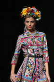 Fashion model wearing clothes designed by Anamarija Asanovic on the Cro a Porter show — Stockfoto