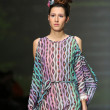 Fashion model wearing clothes designed by Tramp in Disguise on the Zagreb Fashion Week show — Lizenzfreies Foto