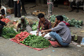 Street trader sell vegetables outdoor in Kolkata India — Stockfoto