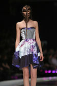 Fashion model wearing clothes designed by Zoran Aragovic on the 'Fashion.hr' show in Zagreb, Croatia. — Foto de Stock