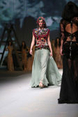 """Fashion model wears clothes made by Matija Vuica on """"CRO A PORTER"""" show — Stock Photo"""