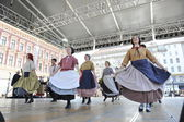 Members of folk group Hasselt (Flanders), Folk Group De Boezeroenen from Belgium during the 48th International Folklore Festival in center of Zagreb — Stock Photo